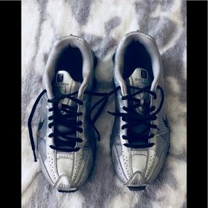 Pair of Nike's 8.5 Silver!